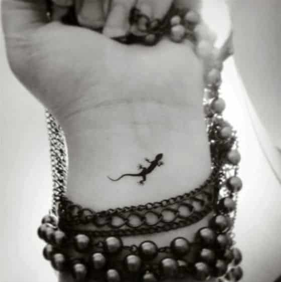 lagartija diseño tatuaje