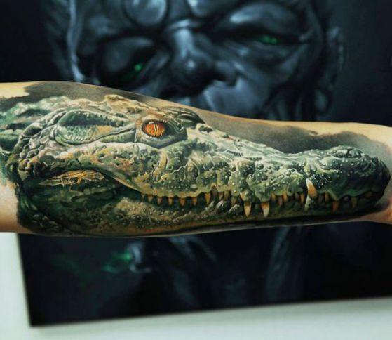 cocodrilo tatuaje realista