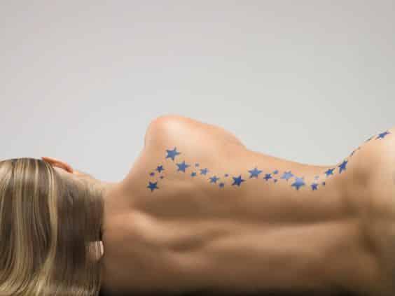 estrellas tatuadas