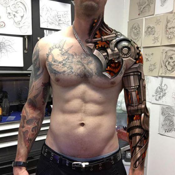 mano robotica tatuaje