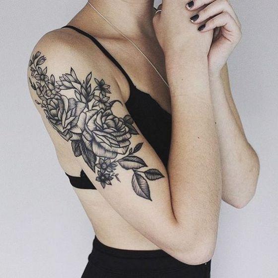 Rosas Tatuaje En El Brazo