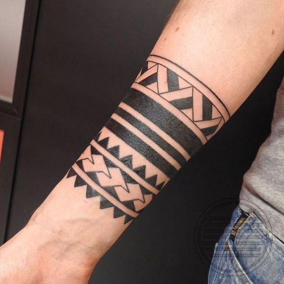 brazo tattoo tribal