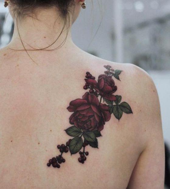 espalda rosa tattoo
