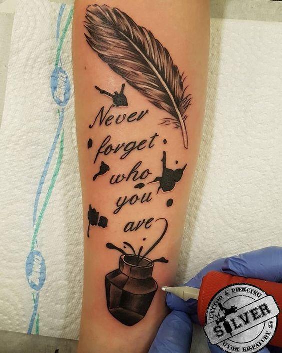 ffrases tatuaje con plumas
