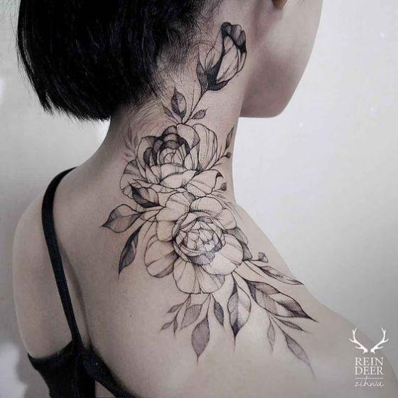 rosa-blanco-y-negro-en-el-cuello