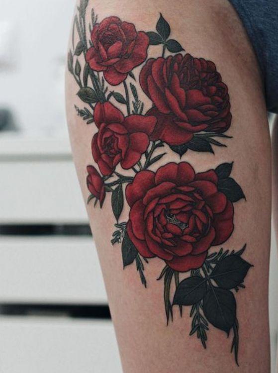 rosas en las piernas tatuaje