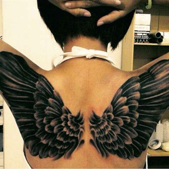 Alas tattoo 5 - Tatuajes de alas diferentes estilos a color, en negro y sus significados
