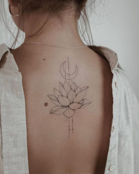 Tatuajes De Media Luna (15)