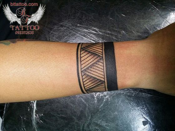 brazo tatoo maorie