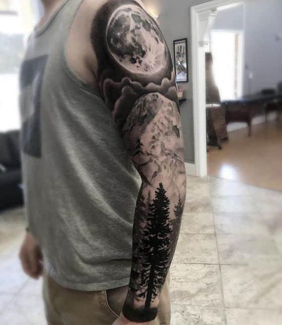 luna hombres tatuaje