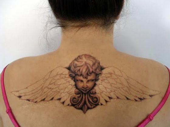 tattoos con alas 1 - Tatuajes de alas diferentes estilos a color, en negro y sus significados