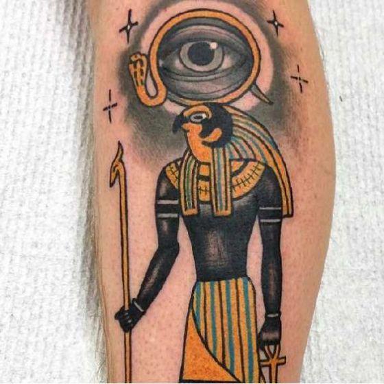 tatuaje-de-ra-en-el-brazo