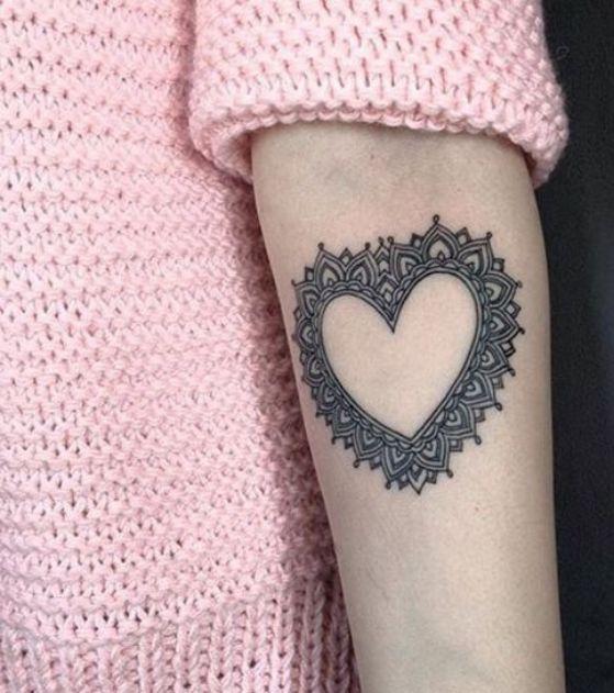 tatuaje estilo mandala