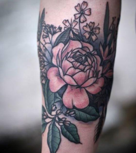 flores-muneca-tattoo