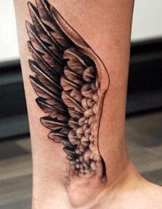 Tatuaje Alas De Angel En La Pierna 1