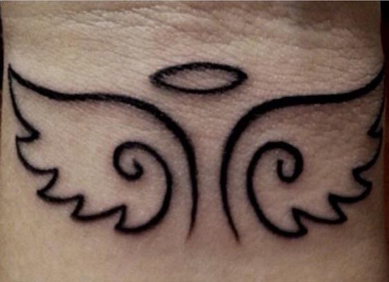 Tatuajes Angeles Sencillos