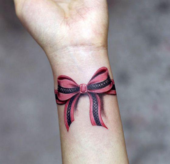 tatuajes-de-brazalete-a-color-5