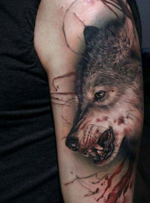 tatuaje de lobo hombres