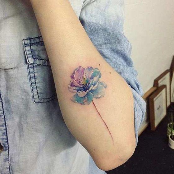 Tatuajes De Flores Disenos Hombres Mujeres Y Significados