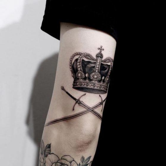 diseño de tatuaje en el brazo