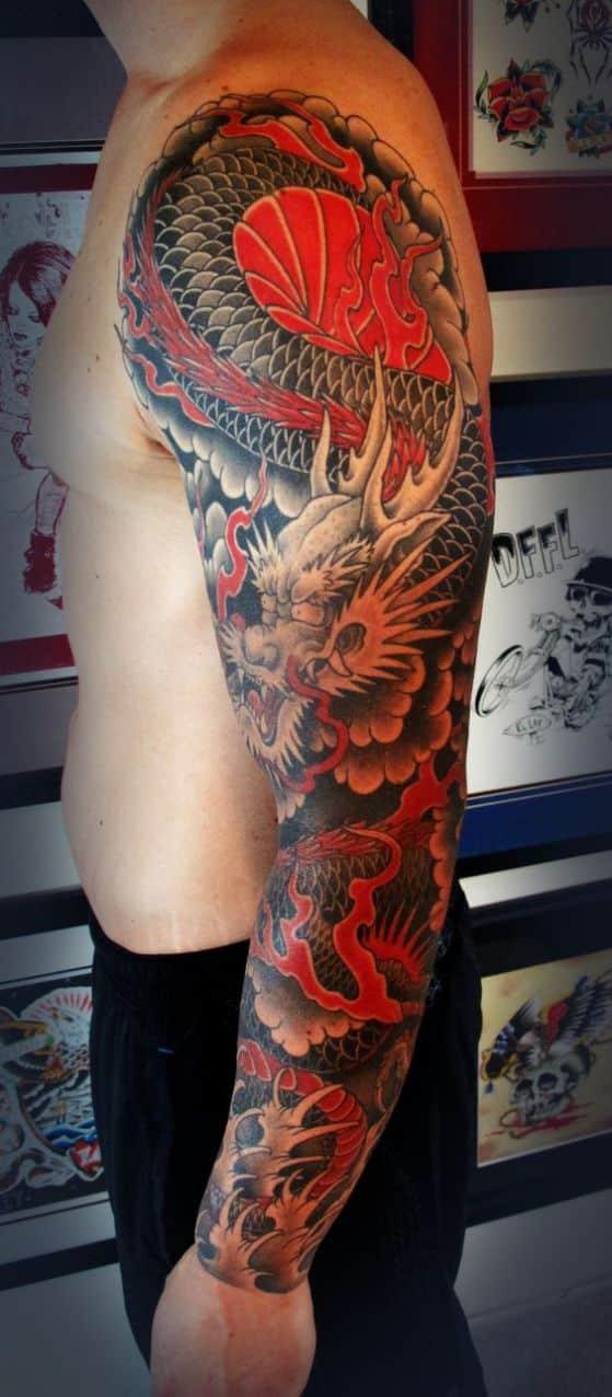dragon chino en el hombro - + 40 diseños de tatuajes de dragones con sus diferentes significados