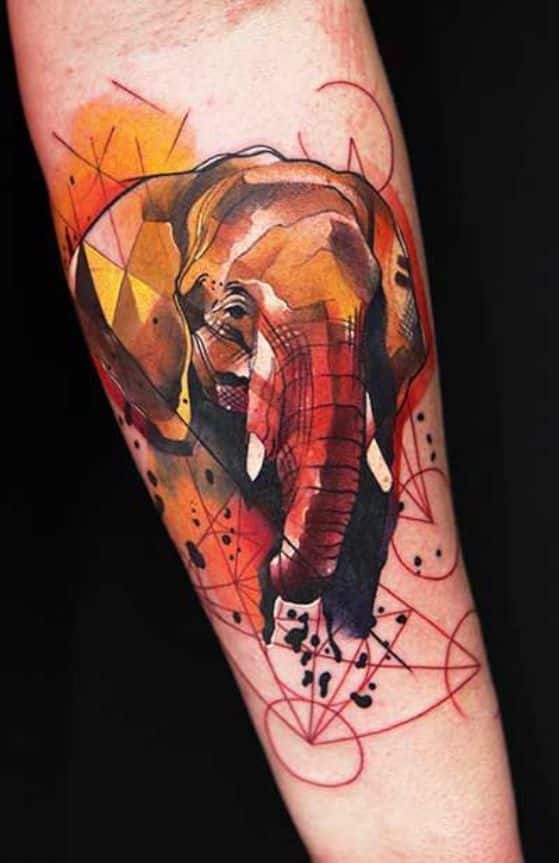 elefante tattoo color