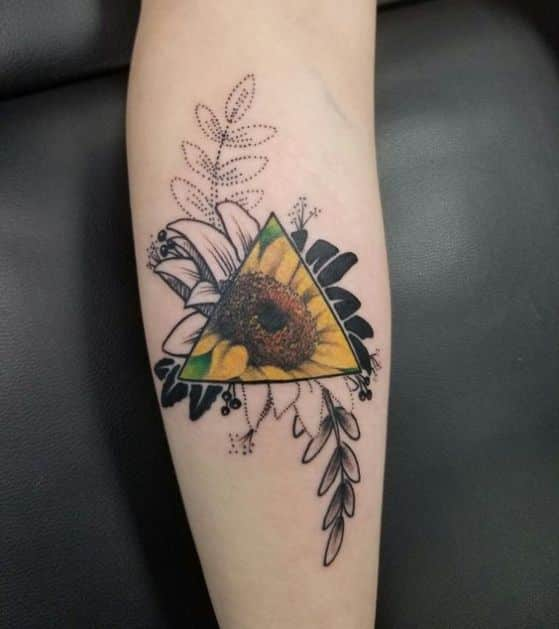girasol tatuaje color y blanco negro
