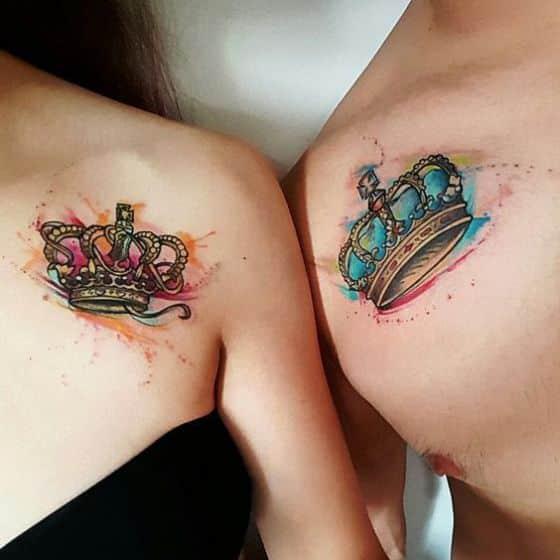 parejas con coronas