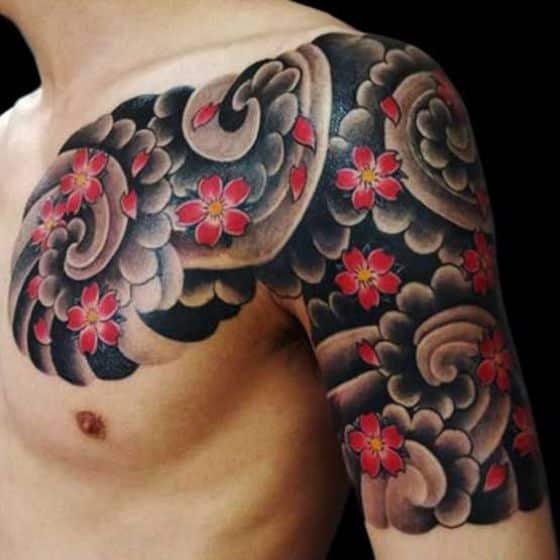 tatuaje con flores estilo chino