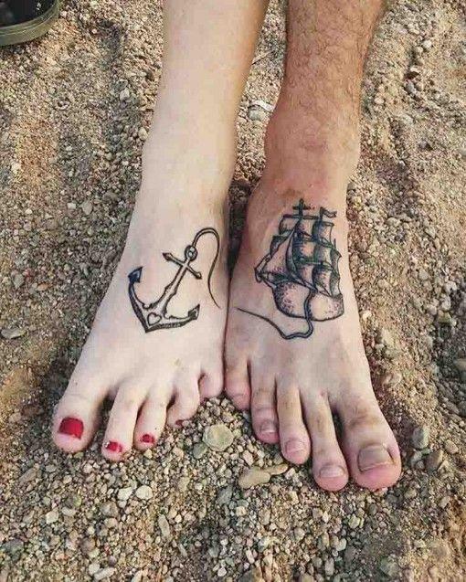 barco y ancla parejas tatuaje