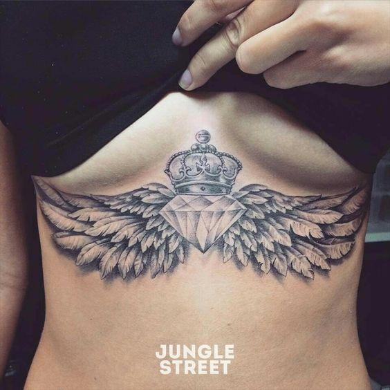 diamante con alas y corona
