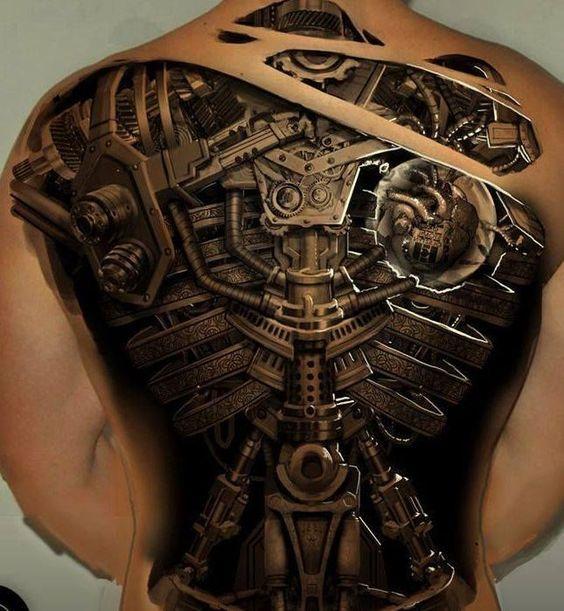 espalda tatuada biomechanic