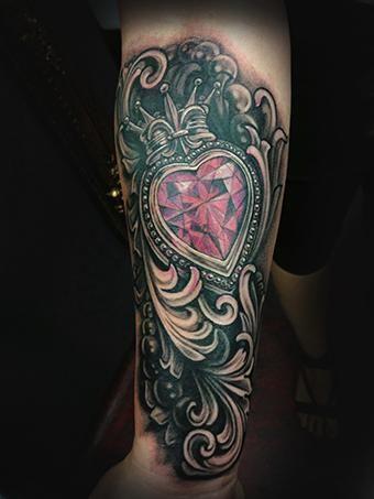 hombres tatuaje diamond