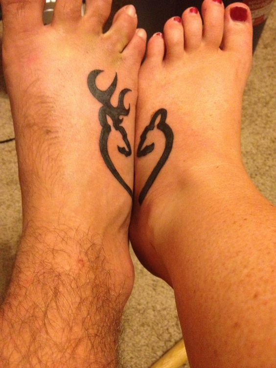 pareja tatuaje pie