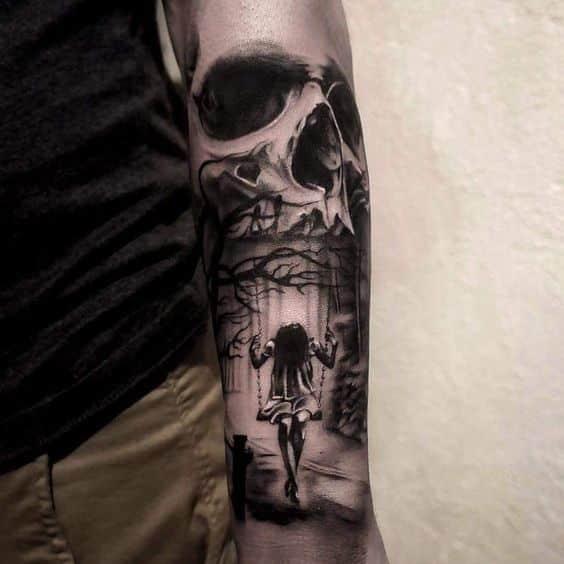 tatuaje de craneo en el antebrazo