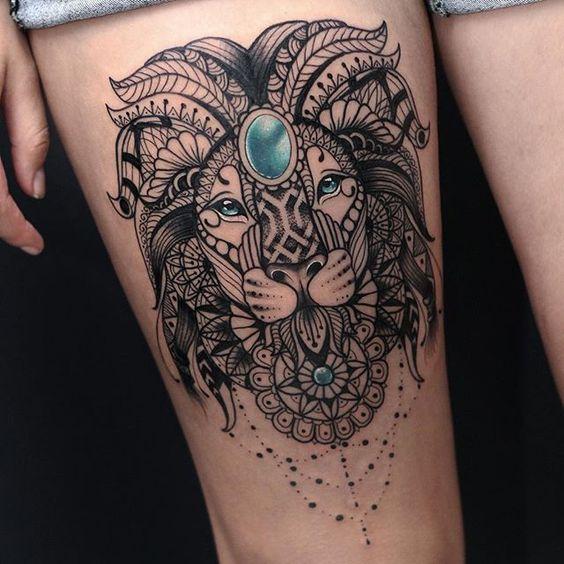 tatuaje mujer leon
