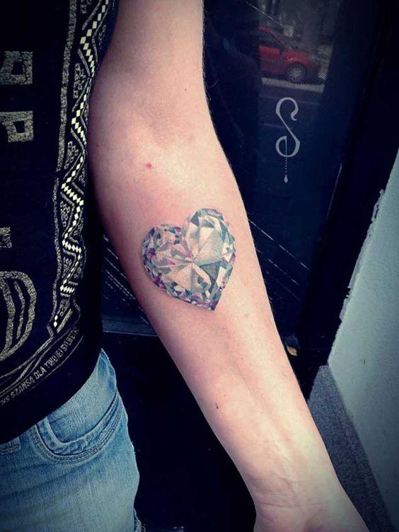 Tatuajes De Diamantes Sus Significados Y Diferentes Combinaciones