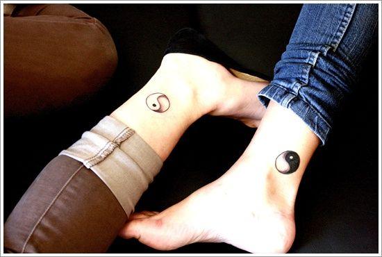 ying yang parejas tatuaje