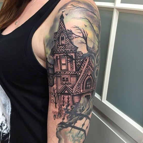 casa estilo gotico tatuada
