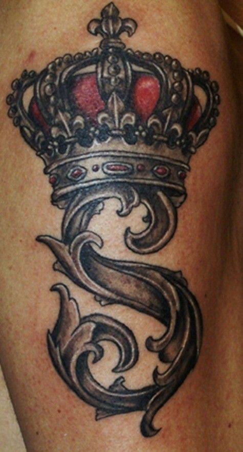 letra gotica tatuada