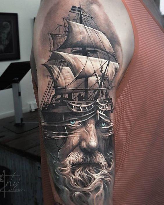 rostro y abrco tatuados para hombre