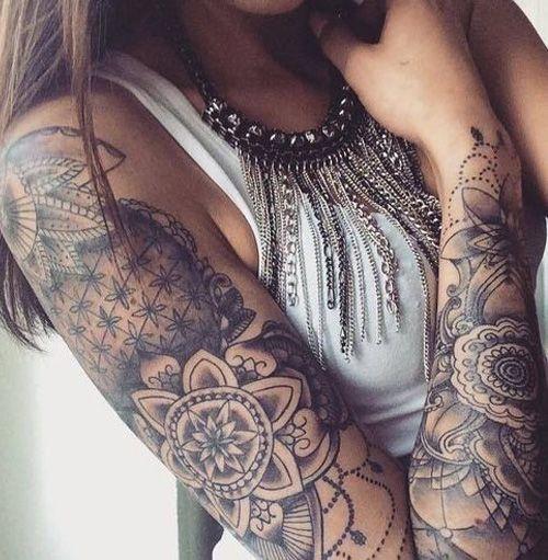 mandala en el brazo completo mujer