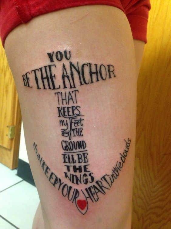 tatuaje para mujer de ancla 2 - Tatuajes de anclas más de 40 diseños y los significados más populares