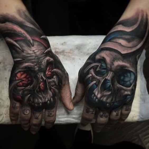 Tatuajes de demonio y calavera