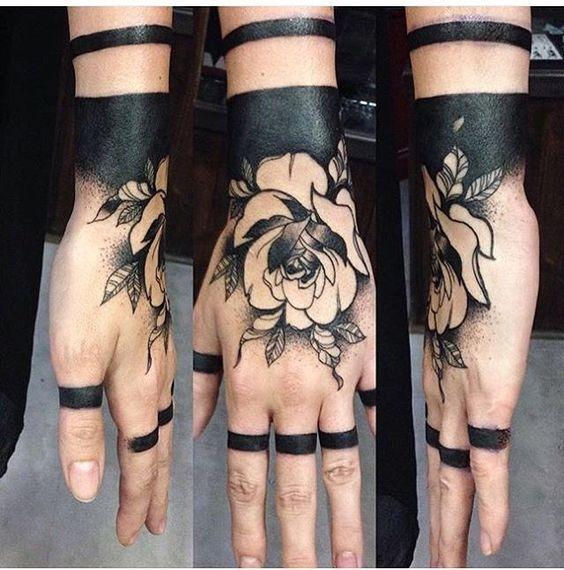 chicas tatuadas en la mano 5 - Tatuajes en la mano diseños para hombres y mujeres con significado