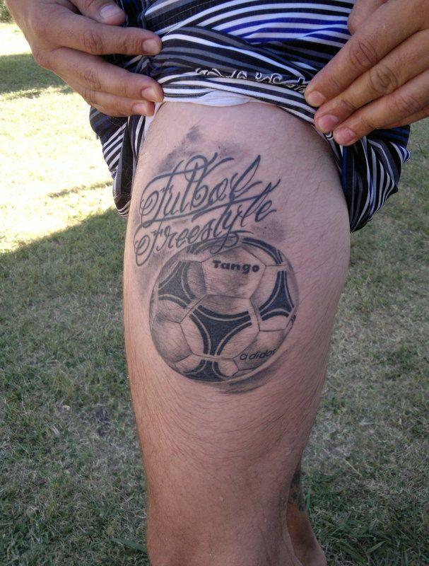 Tatuajes de fútbol balon