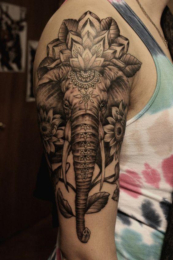 Tatuaje De Mandala Tatuado (2)
