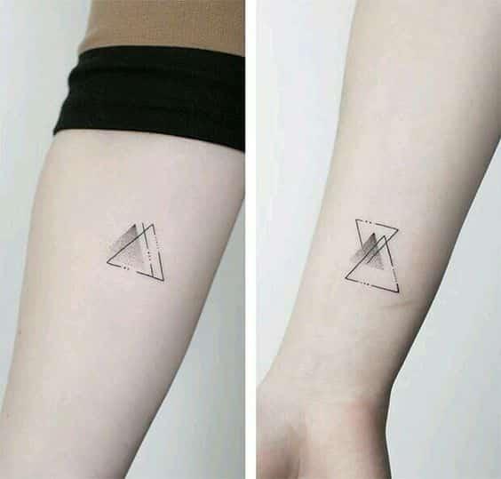 tatuajes de triangulos 2 diseños