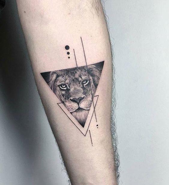 tatuajes con 2 triangulos 3 - +40 Tatuajes de triángulos y su particular significado en cada diseño