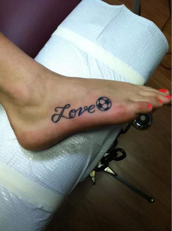 Tatuajes de fútbol pequeños